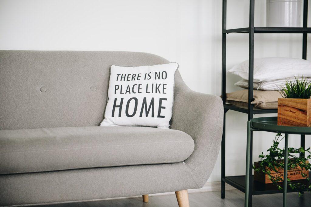 riordinare casa e risparmiare - Casa Poetica